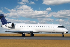 airliner-bombardier-crj-700